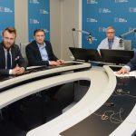 Zmiany w Konstytucji, rozpoczęcie matur i wystąpienie Donalda Tuska na Uniwersytecie Warszawskim. Posłuchaj audycji My, Wy, Oni