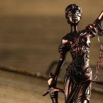 """Prokuratura wszczęła śledztwo w sprawie księdza z Młynar. Duchowny miał dopuścić się """"innych czynności seksualnych"""""""