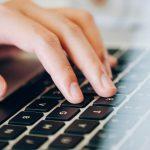 PKP ostrzega: uwaga na oszustów wysyłających fałszywe maile