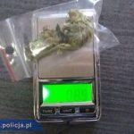 Jeden miał marihuanę, drugi amfetaminę. Elbląska policja zatrzymała dwóch mężczyzn