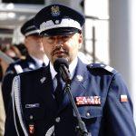 Został nadinspektorem jako pierwszy  komendant w Olsztynie.  Policjanci z honorami przywitali nowego generała