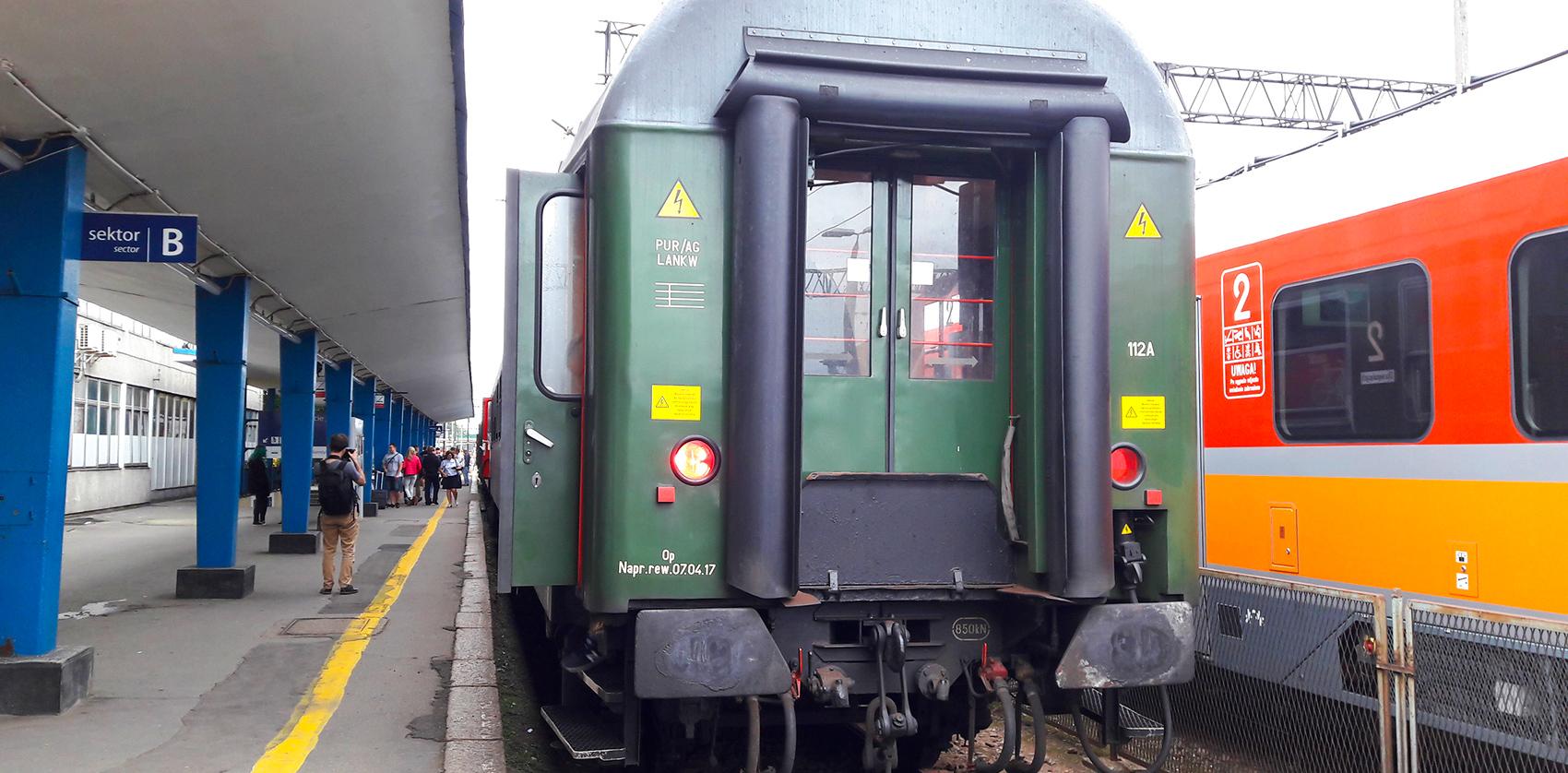 pociąg, zabytkowy pociąg, parowóz, stary pociąg