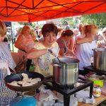 Z sarniną, grzybami, białą kiełbasą, jagodami i innymi pysznościami. Tłumy turystów zjechały na Warmińską Ucztę Pierogową