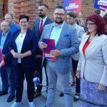 """Lewica przedstawiła część kandydatów w wyborach do Sejmu. Znamy """"jedynki"""" list wyborczych"""