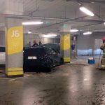 O wypadku w elbląskim centrum handlowym policję powiadomiło… auto