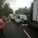 Wypadki na drodze krajowej numer 16. Dwie osoby zostały ranne
