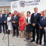 """Kandydaci PiS w wyborach do Sejmu zaprezentowali się na olsztyńskim Placu Solidarności. """"Jest jeszcze wiele do zrobienia"""""""