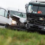Mniej ofiar śmiertelnych, za to więcej pijanych kierowców. Policja opublikowała wakacyjny raport drogowy