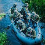 """Żołnierze wypłyną na mazurskie jeziora. """"To nie będą jednostki bojowe. Łodzie pomogą w sytuacjach kryzysowych"""""""