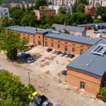 Dawne olsztyńskie koszary stały się teraz Kuźnią Społeczną Banku Żywności. Specjaliści pokazują m.in., jak nie marnować jedzenia