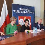 Pięć samorządów z regionu elbląskiego odebrało dziś czeki na remonty dróg