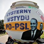 """Ma symbolizować wyłudzenia, których mafie paliwowe dokonywały za rządów koalicji PO-PSL. """"Cysterna wstydu"""" przyjechała do Olsztyna"""