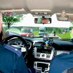 Na drogach całej Polski ruszył kaskadowy pomiar prędkości. Policja wykorzystuje nieoznakowane radiowozy i rejestratory wideo