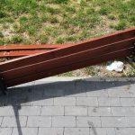 """Zniszczył ławkę i stolik na promenadzie w Orzyszu. Powód? """"Tłumaczył, że był kompletnie pijany"""""""
