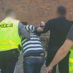 52-latek zaatakował nożem byłą partnerkę. Mężczyzna odpowie za usiłowanie zabójstwa
