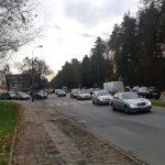 Rozpoczął się remont nawierzchni na leśnym odcinku alei Wojska Polskiego. Czy tworzą się tam korki?