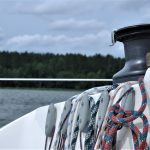 Prawie 100 żeglarzy na łodziach różnych klas wystartowało w regatach na jeziorze Ukiel