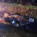 Spowodował wypadek, porzucił auto i uciekł. Policja szuka kierowcy audi, który doprowadził do zderzenia trzech aut na DK16