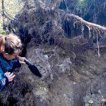 Archeologiczne badania terenu. Do odkrywania Warmii i Mazur zaprasza Robert Lesiński
