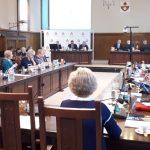"""""""To nie jest budżet marzeń"""". Mimo braku jednomyślności radni Elbląga przyjęli budżet na przyszły rok"""