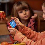 Co czwarte dziecko uzależnione od smartfona