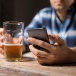 Pomagają zerwać z piciem i paleniem. Stworzono darmowe aplikacje, które dopingują, a sukcesy ogłaszają w mediach społecznościowych