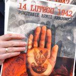 """""""Musimy walczyć o prawdę i godność"""". W Elblągu i Olsztynie uczczono 78. rocznicę przekształcenia Związku Walki Zbrojnej w Armię Krajową"""