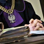 Sąd wydał wyrok: Mieszkaniec Elbląga musi zapłacić 5 tys. zł za złamanie kwarantanny