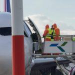 Szef KPRM: od dzisiaj wewnątrzkrajowe loty będą zawieszone