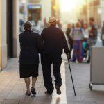 """Seniorzy bagatelizują kwarantannę. """"Nie wszyscy zdają sobie sprawę z niebezpieczeństwa"""""""