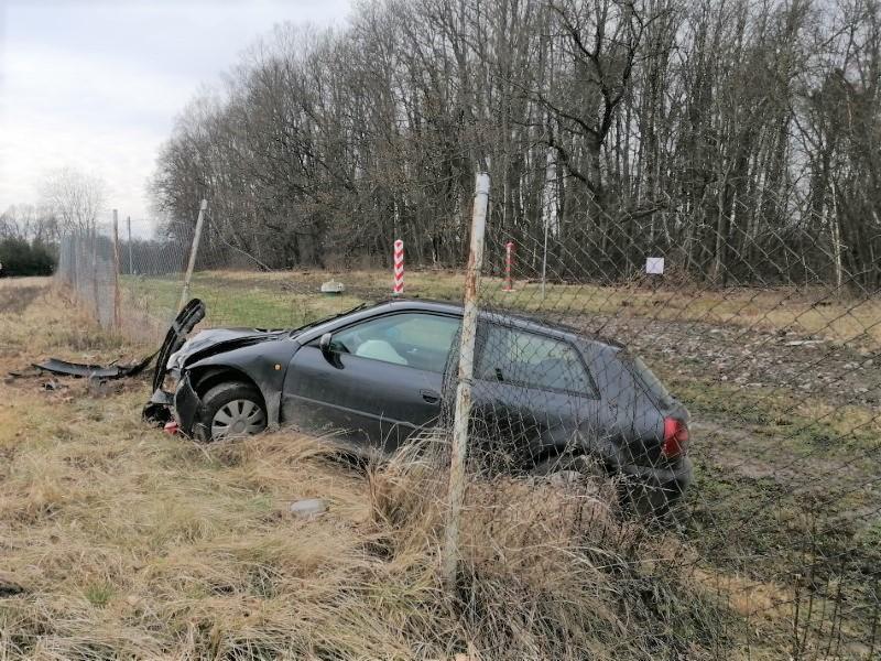 Пьяный поляк протаранил польско-российскую границу