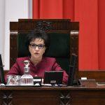 Nad ranem Sejm przyjął specustawę dotyczącą tarczy antykryzysowej. Ma ona łagodzić skutki epidemii koronawirusa