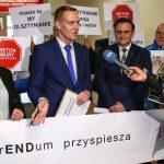 """Coraz bliżej referendum w Olsztynie. """"To jest próba zmiany prezydenta Grzymowicza na byłego prezydenta Małkowskiego"""""""