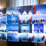 Materiały ochronne dla szpitali tematem wideokonferencji wiceszefa MSWiA z wojewodami