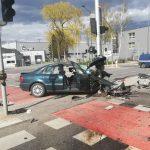 Stracił panowanie nad autem i uderzył w latarnię. Mężczyzna w ciężkim stanie trafił do szpitala