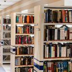 Biblioteka Elbląska otwarta mimo obostrzeń. Książki można wypożyczać na telefon
