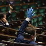W lokalu wyborczym, albo korespondencyjnie. Sejm przyjął ustawę dotyczącą głosowania w wyborach prezydenckich