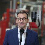 """Premier odwiedził Meble Wójcik w Elblągu. """"Polska jest potęgą meblarską i to nasze oczko w głowie będziemy wspierać bardzo mocno"""""""