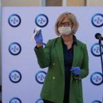 Szpital miejski otrzymał opaski, które pomogą w monitorowaniu stanu chorych na COVID-19