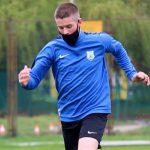 """Piłkarze Stomilu Olsztyn mogą wznowić treningi w grupach. """"Zawodnicy są głodni gry"""""""
