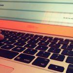 Internetowy oszust usłyszał prokuratorskie zarzuty. Jego ofiarami padło kilkanaście osób z całego kraju
