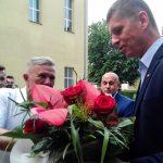 Minister edukacji ma nadzieję, że we wrześniu, szkoła wróci na normalne tory. Dariusz Piontkowski odwiedził Ełk