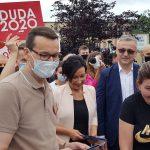 Mateusz Morawiecki z wizytą w Piszu. Premier zachęcał do głosowania na prezydenta Andrzeja Dudę