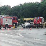 Kolizja sześciu aut osobowych i wozu strażackiego w centrum Olsztyna