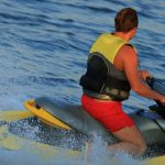 Piraci łamią przepisy na szlakach wodnych i stwarzają zagrożenie. Policyjni wodniacy codziennie otrzymują zgłoszenia