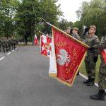 Nowi terytorialsi w szeregach warmińsko-mazurskiej brygady. Słowa przysięgi wypowiedziało ponad 90 żołnierzy