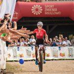 Kolarska elita na Górze Czterech Wiatrów. W Mrągowie rozgrywane są Mistrzostwa Polski w kolarstwie górskim
