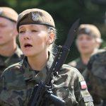 Coraz więcej kobiet zakłada mundur. Kolejna grupa terytorialsów złożyła przysięgę