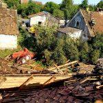 Pozrywane dachy, uszkodzone linie energetyczne, połamane drzewa. Trąba powietrzna w okolicach Górowa Iławeckiego