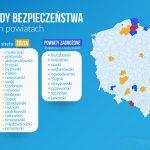 Dwa powiaty z Warmii i Mazur w żółtej strefie. Dodatkowymi obostrzeniami objęto w sumie 21 powiatów w całym kraju